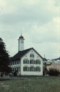 Schulhaus Winkel - heute Gemeindeverwaltung